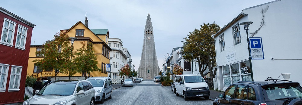 Parking in Reykjavík - Where Can I Park and Is It Free?